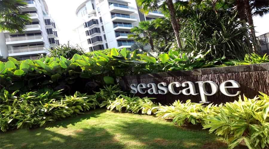 Seascape facade